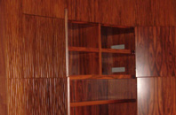 Гардеробный шкаф из палисандра