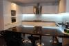 Общий вид кухни справа