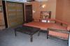 Общий вид помещения, вид на софу