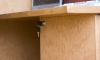 Компьютерный стол из массива вишни - ящик закрывающийся на ключ